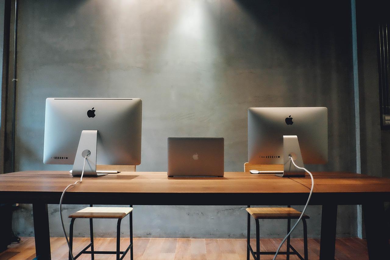 workspace-820315_1280